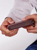 Brązowy portfel męski ze skóry z ozdobnymi przeszyciami                                  zdj.                                  7