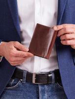 Brązowy portfel skórzany męski pionowy                                  zdj.                                  2