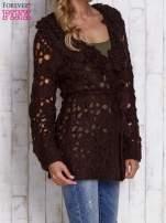 Beżowy sweter z wiązaniem w pasie                                                                          zdj.                                                                         3