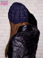 Ciemnofioletowa czapka z metaliczną nicią