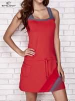 Ciemnokoralowa sukienka sportowa z szarymi wstawkami                                  zdj.                                  1