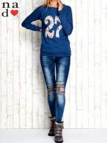 Ciemnoniebieska bluza z cyfrą 27                                  zdj.                                  2