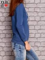 Ciemnoniebieska bluza z napisem CHCĘ PSOCIĆ                                  zdj.                                  3