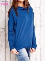 Ciemnoniebieska bluzka oversize z troczkami                                  zdj.                                  3
