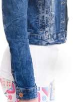Ciemnoniebieska kurtka jeansowa damska z efektem gniecenia                                  zdj.                                  6