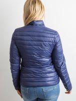 Ciemnoniebieska kurtka z pikowaniem PLUS SIZE                                  zdj.                                  2