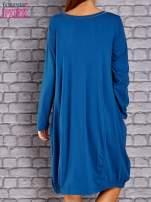 Ciemnoniebieska sukienka oversize ze ściągaczem na dole                                   zdj.                                  4