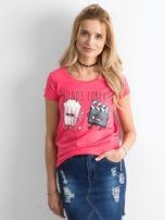 Ciemnoróżowy t-shirt z nadrukiem                                  zdj.                                  1
