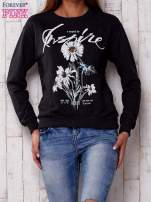 Ciemnoszara bluza z nadrukiem kwiatowym i napisem                                  zdj.                                  1