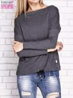 Ciemnoszara bluza z szerokim ściągaczem i troczkami                                  zdj.                                  1
