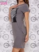 Ciemnoszara sukienka dresowa ze srebrnym printem drzewa                                  zdj.                                  3