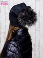 Ciemnoszara wełniana czapka z futrzanym pomponem