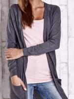 Ciemnoszary długi sweter z ażurowym zdobieniem szwów                                                                          zdj.                                                                         5