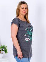 Ciemnoszary t-shirt z kwiatowym printem PLUS SIZE                                  zdj.                                  3