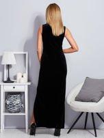 Czarna aksamitna sukienka z cekinowymi kwiatami                                  zdj.                                  2