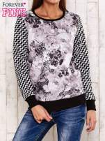 Czarna bluza z motywem kwiatowym i geometrycznym tyłem                                  zdj.                                  1
