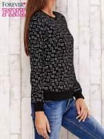 Czarna bluza z nadrukiem kotów                                  zdj.                                  3