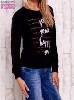 Czarna bluza z napisem GET YOUR HAPPY ON                                  zdj.                                  3