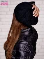 Czarna dzianinowa czapka z angory