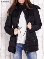 Czarna kurtka puchowa ze skórzanymi wstawkami