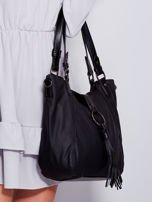 Czarna miękka torba z ozdobną klapką                                  zdj.                                  5