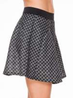 Czarna rozkloszowana mini spódniczka w kratkę                                  zdj.                                  5