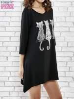 Czarna sukienka damska z nadrukiem kotów                                  zdj.                                  3