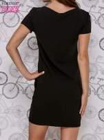 Czarna sukienka dresowa z napisem YOU WILL NEVER FORGET ME                                                                          zdj.                                                                         4