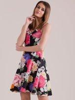 Czarna sukienka we wzór kolorowych kwiatów                                  zdj.                                  3