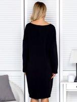 Czarna sukienka z gwiazdą                                   zdj.                                  2