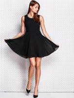 Czarna sukienka z koronkowymi wstawkami                                  zdj.                                  4