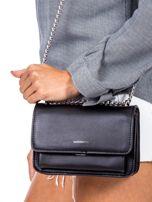 Czarna torebka na łańcuszku                                  zdj.                                  2