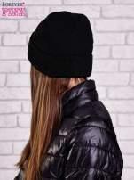 Czarna wywijana czapka ze złotą blaszką                                                                          zdj.                                                                         2