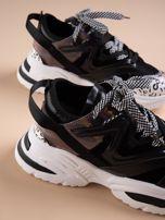 Czarne buty sportowe na platformie z podwójnymi sznurówkami                                  zdj.                                  6