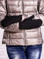 Czarne grube rękawiczki na jeden palec