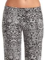 Czarno-białe wzorzyste spodnie typu dzwony                                                                          zdj.                                                                         5
