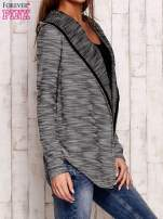 Czarny melanżowy sweter z kapturem                                  zdj.                                  3
