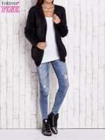 Czarny puszysty sweter z bocznymi kieszeniami                                  zdj.                                  8