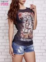 Czarny siateczkowy t-shirt z literą A z dżetami                                  zdj.                                  3