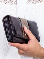Czarny skórzany portfel z ozdobną wstawką                                  zdj.                                  2