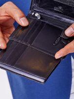 Czarny skórzany portfel z tłoczonym wzorem                                  zdj.                                  2