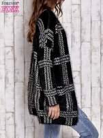 Czarny sweter w kratę z kieszeniami                                  zdj.                                  3