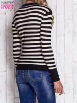 Czarny sweter w paski z guzikami przy dekolcie i na rękawach                                  zdj.                                  4