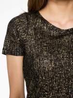 Czarny t-shirt w złote plamki