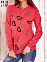 Czerwona bluza w serduszka                                  zdj.                                  1