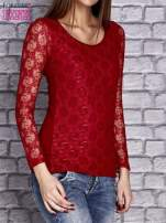 Czerwona bluzka z ażurowymi rękawami                                  zdj.                                  3