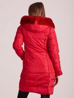 Czerwona pikowana damska kurtka zimowa                                   zdj.                                  2