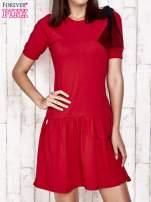 Czerwona sukienka dresowa z kokardą z tiulu                                                                          zdj.                                                                         1