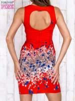 Czerwona sukienka z dekoltem na plecach                                  zdj.                                  2