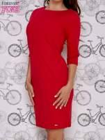 Czerwona sukienka z dekoltem w łódkę                                  zdj.                                  3